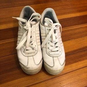 Adidas samoa sneaker size 6 ~ 6.5